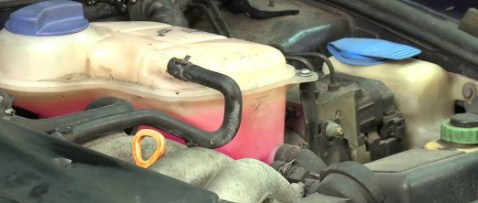 what is coolant in a car